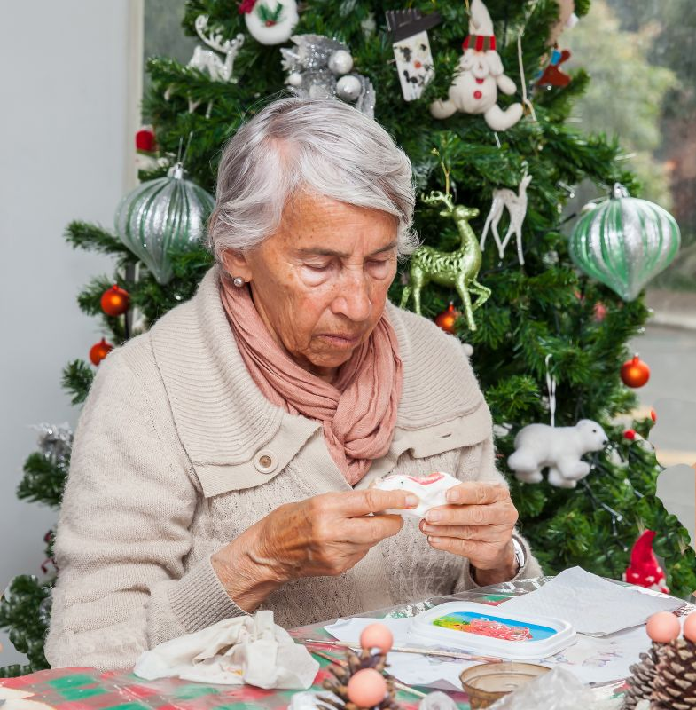 holiday-crafts-senior-community.jpg